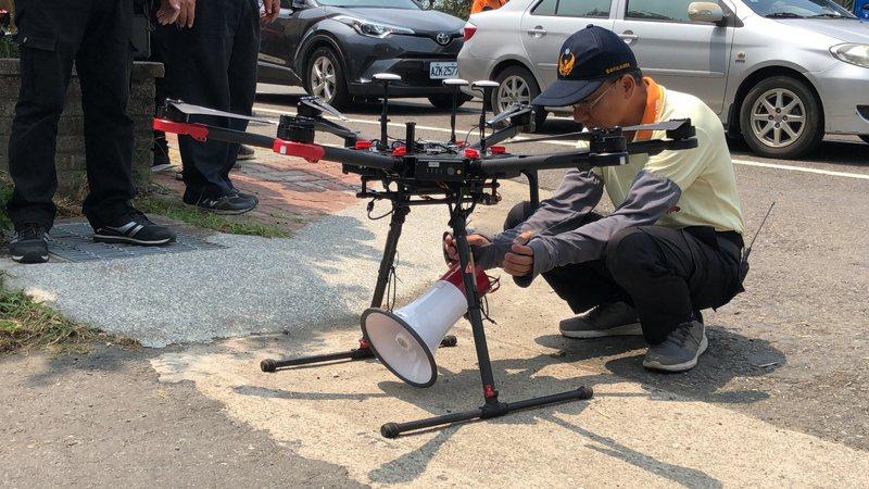 台南市通訊義消中隊利用無人機升空廣播,出勤上百次,配合市府政策,將首次用在防疫宣導之上。圖/本報資料照