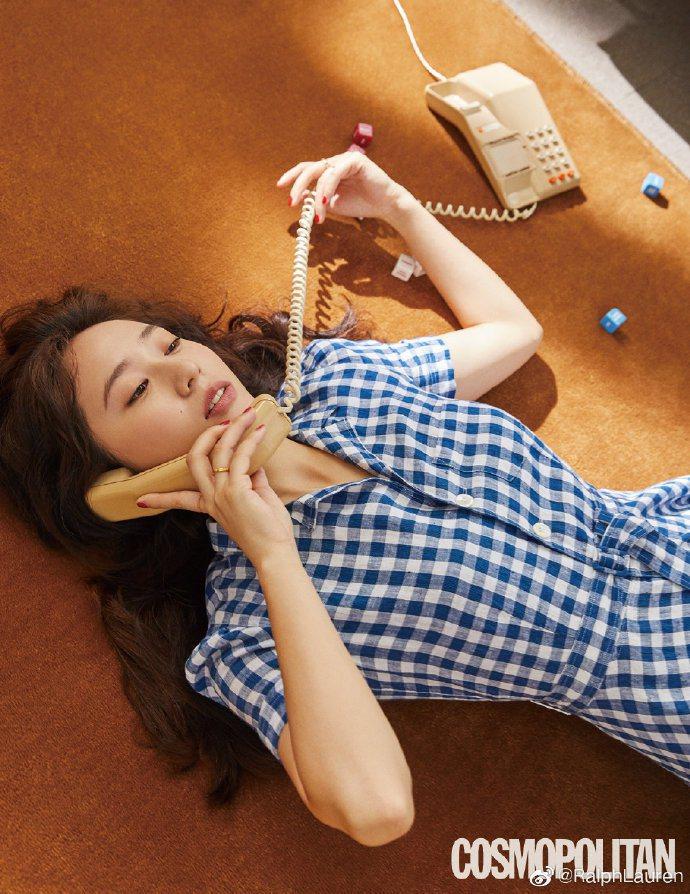 鄭秀晶Krystal身穿Polo Ralph Lauren長版襯衫裙登上4月份韓...