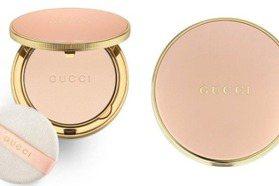 粉紅+金色就是這麼夢幻貴氣!GUCCI粉餅連補妝都幸福