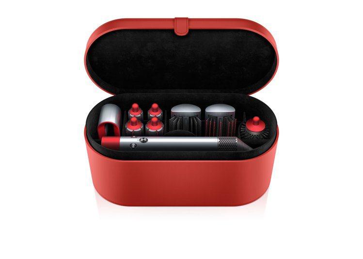 Dyson Airwrap造型器全配組限量瑰麗紅,建議售價17,600元。圖/恆...
