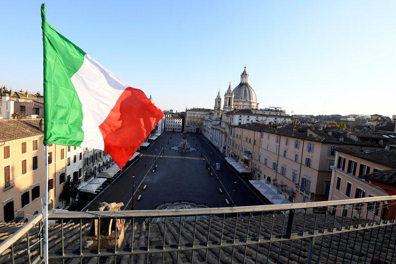 義大利疫情嚴重,現在出現一個小鎮有7成捐血者出現新冠病毒陽性反應。路透