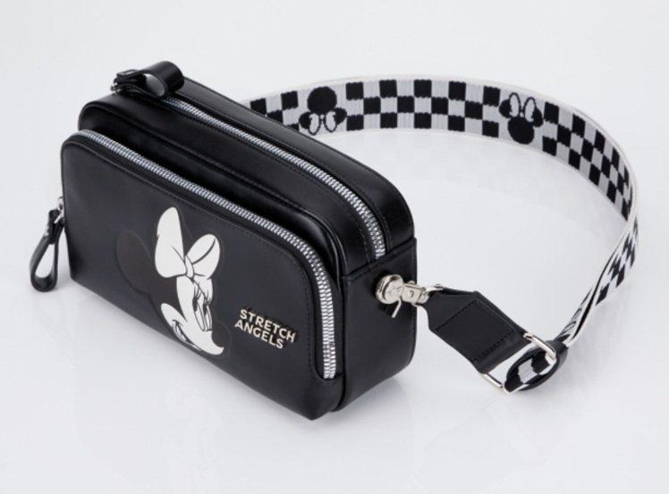 韓國品牌Stretch Angels最近也推出一款米妮主題的皮革相機包。圖/摘自...