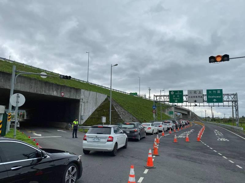 五一連假第2天,國道5號北上則湧現車潮,部分路段時速不到40公里。新聞示意圖。圖/警方提供