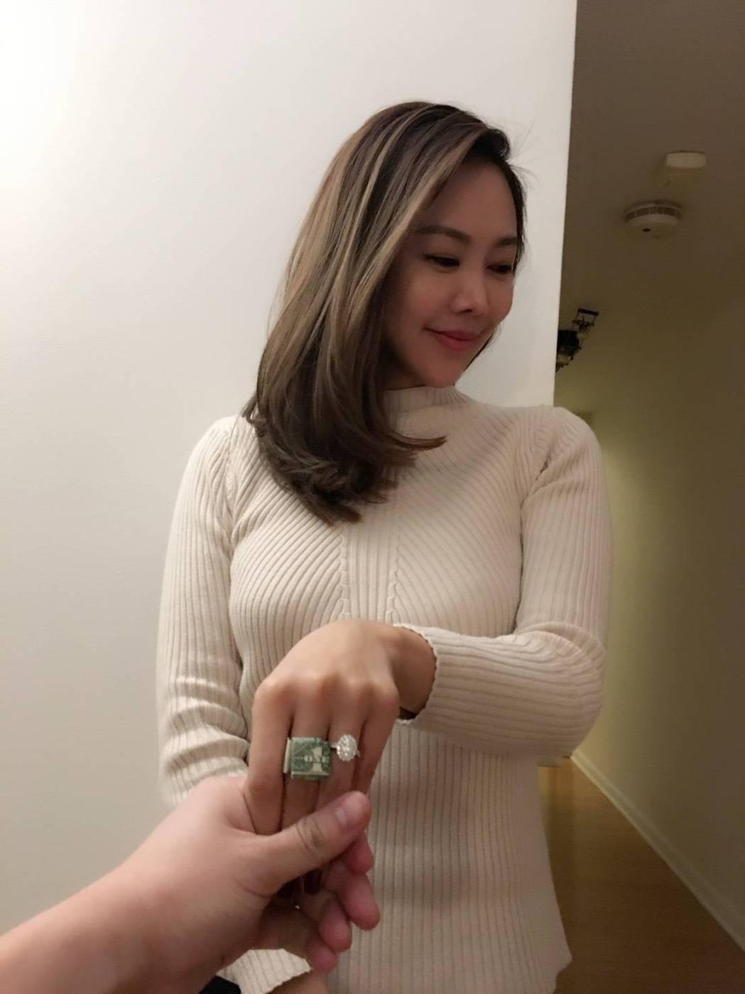 趙彤和老公GC去年6月在香港完婚。圖/趙彤提供