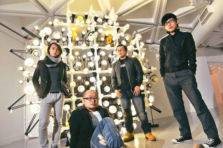 豪華朗機工創團夥伴,(左起)陳志建、張耿豪、張耿華及林昆穎。 圖/豪華朗機工提供