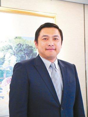 國泰證券資深副總經理陳俊昇
