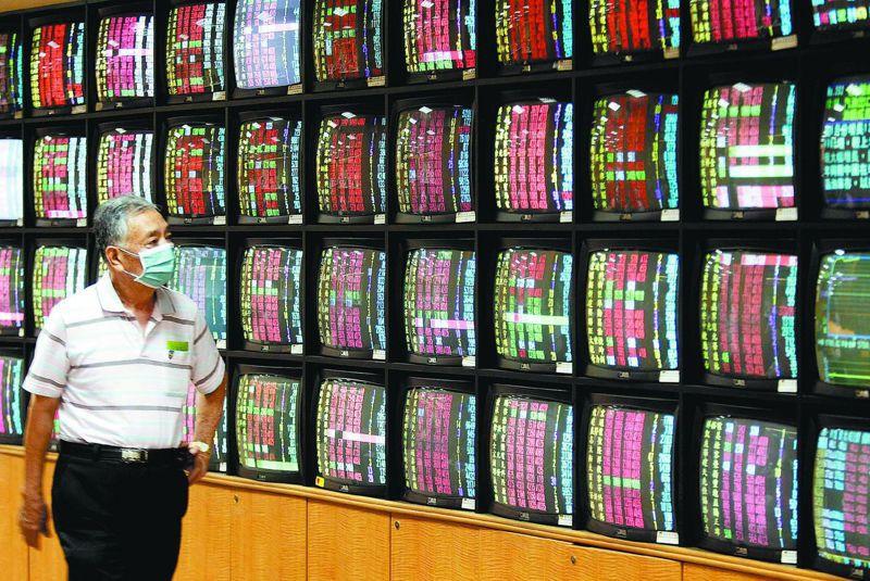 台股今日終場大盤指數收在10,157.61點,上漲38.18點成交量1,212.68億元。圖/聯合報系資料照片