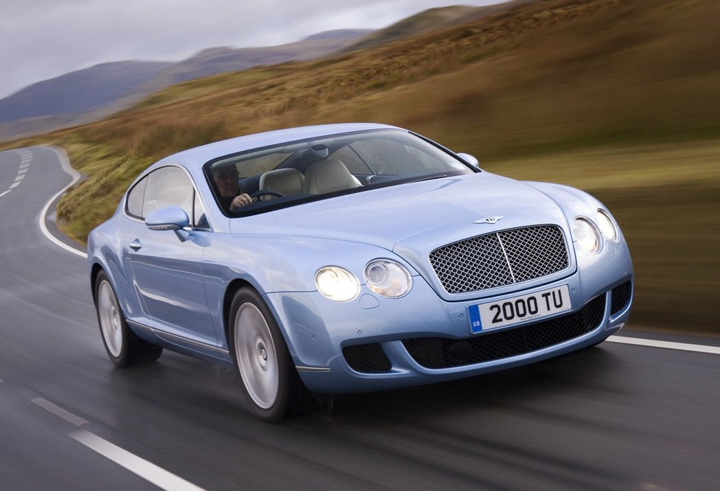 Bentley Continental GT(2009)。 摘自Bentley