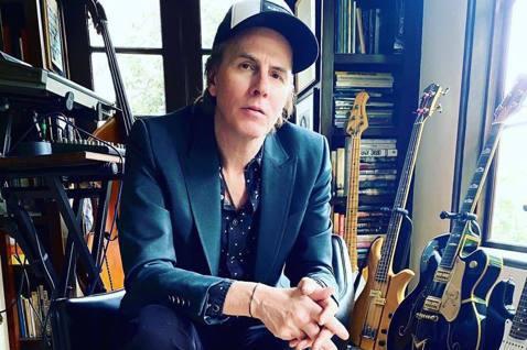英國80年代搖滾天團杜蘭杜蘭(Duran Duran)貝斯手泰勒今天在臉書宣布,他約於3週前確診感染2019冠狀病毒疾病(COVID-19,武漢肺炎),目前仍進行自主隔離康復中。59歲的泰勒(Joh...