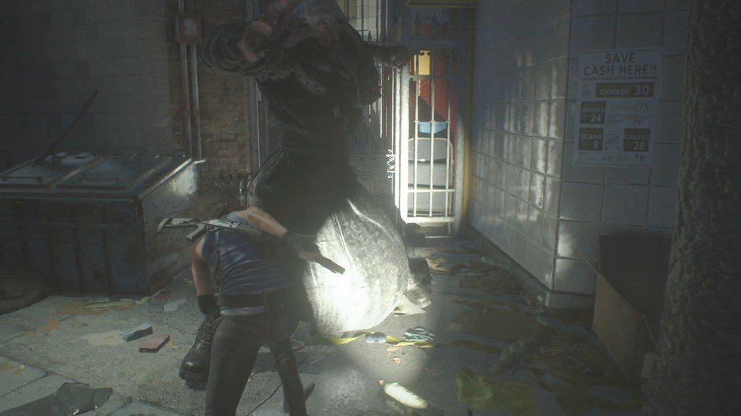 遊戲在逃亡過程中,很常遇到窄巷前方有敵人,後面有追跡者的狀況,因此緊急迴避成了全...