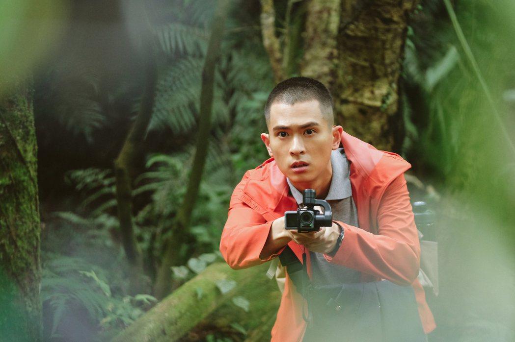 石知田透露拍攝「妖怪人間」曾被劃傷。圖/公視提供