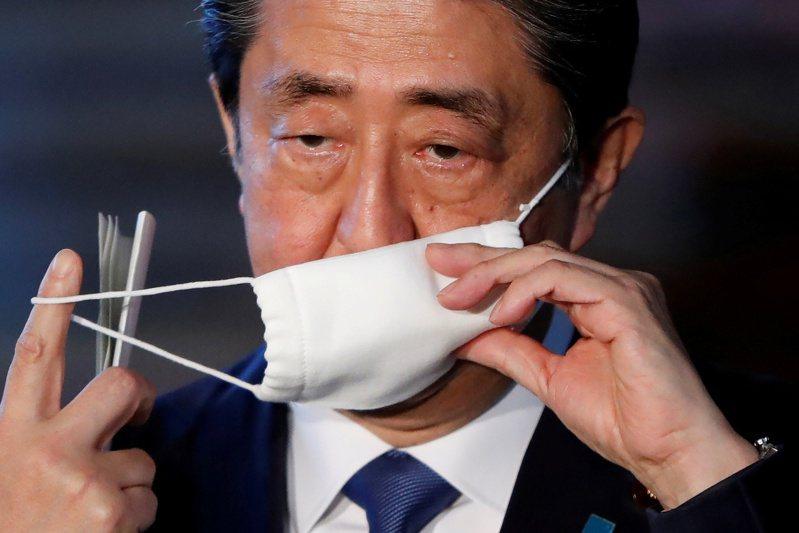 日相安倍晉三一改先前態度,表示最快7日會宣布東京、大阪等七個地區進入一個月的緊急狀態。路透
