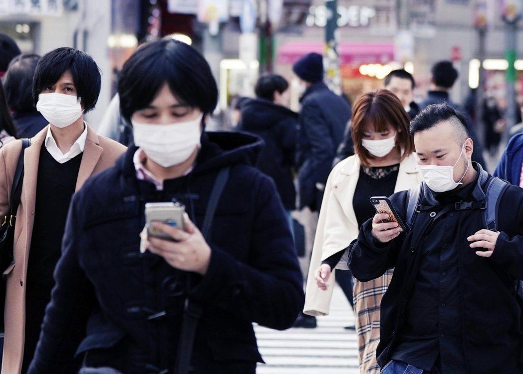 如今就算有了緊急事態作為依據,難道就有更堅實的防疫強制力了嗎?實際上,日本的緊急...