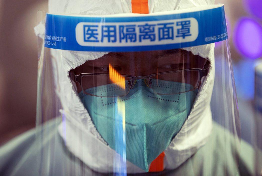 中國正利用美歐陷於大流行病,以及川普政府奉行單邊主義的空隙,一面對內宣稱「戰勝疫...