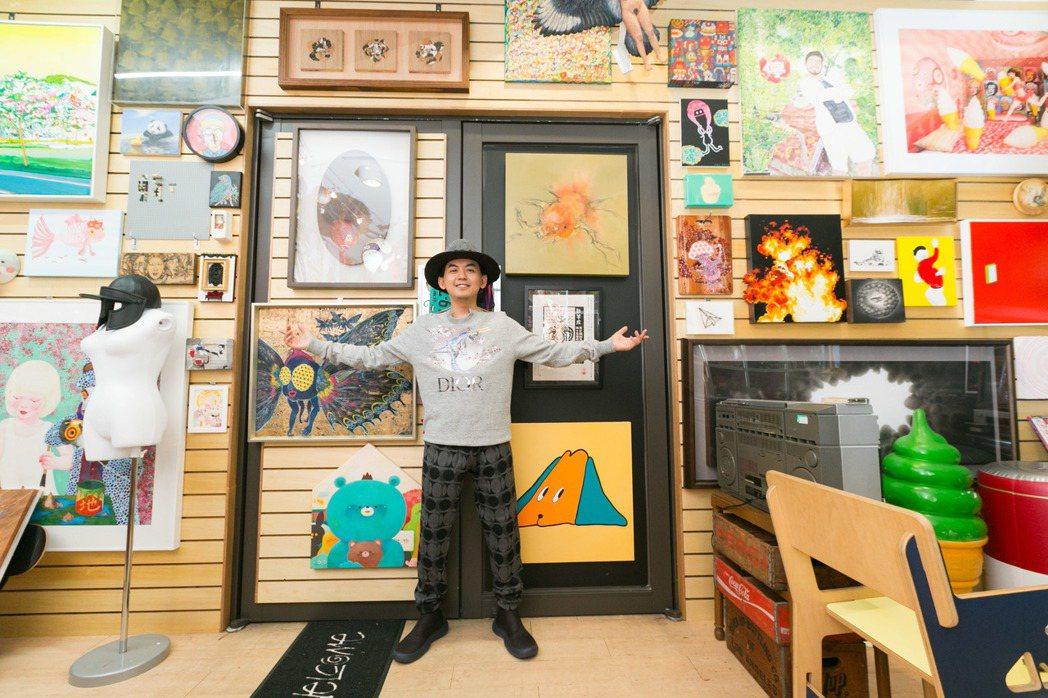 近十年他與眾多台灣藝術家結緣,並大量收藏這批年輕人的作品。 圖/陳立凱拍攝