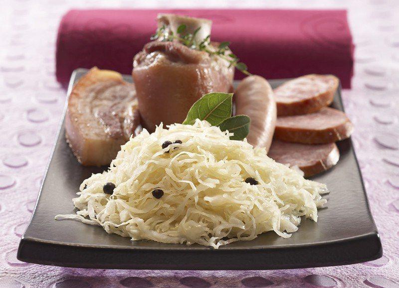 酸菜醃肉其實很清爽 /來源:André LAURENT SAS