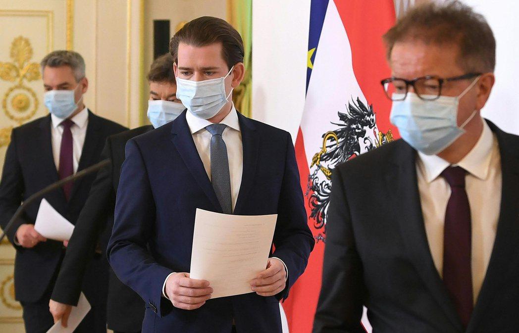 奧地利和丹麥6日成為封城後,第一批宣布具體計畫、重新開放社會的歐洲國家。圖中為奧...
