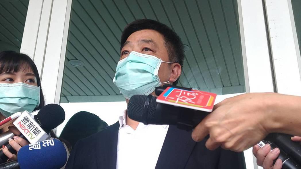 高雄市選委會主委陳雄文宣布罷韓二階連署達標。記者蔡孟妤/攝影