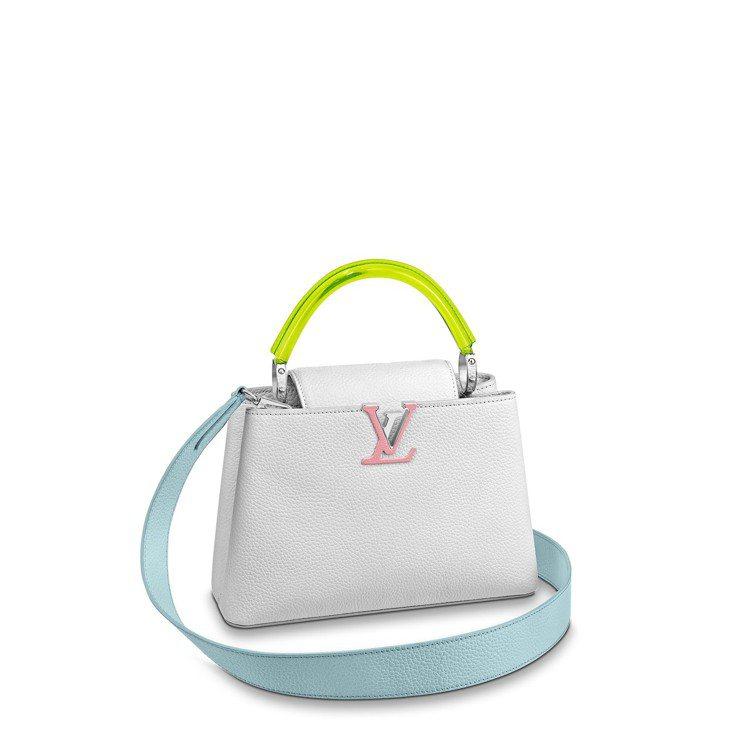 Capucines小型皓雪白,售價17萬6,000元。圖/LV提供