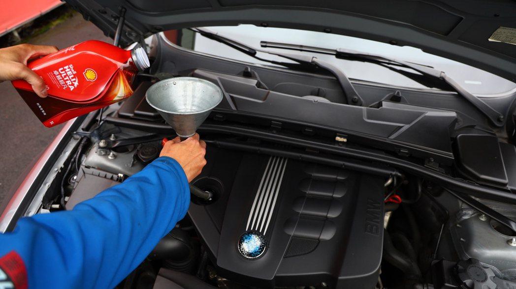 更換機油認明正品,才不會傷害引擎。 圖/發燒車訊