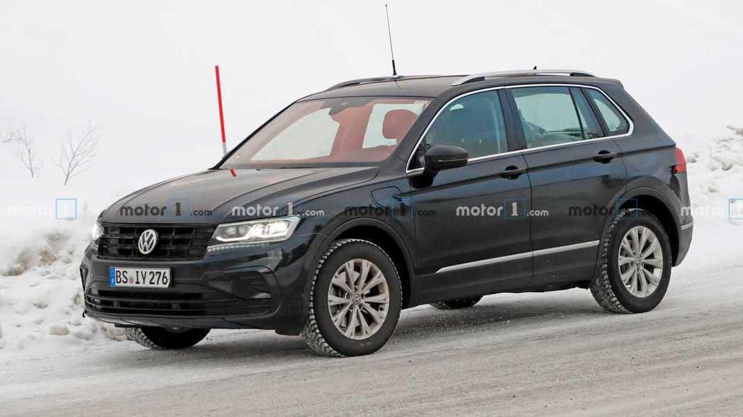 全新Volkswagen Tiguan GTE道路測試中。 摘自Motor 1