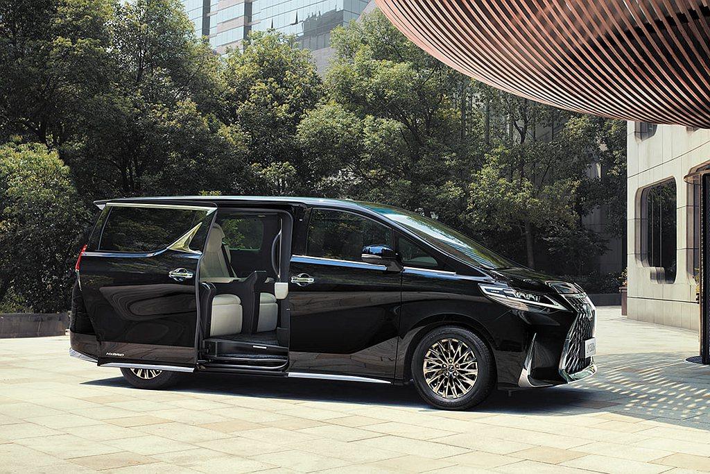 Lexus LM在台熱賣,去年5月在開始接單後,年度配額700輛迅速銷售一空,和...