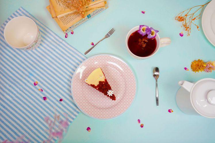 以GREENGATE春夏新品搭配無聊咖啡特選的甜蜜午茶組。 圖/GREENGAT...