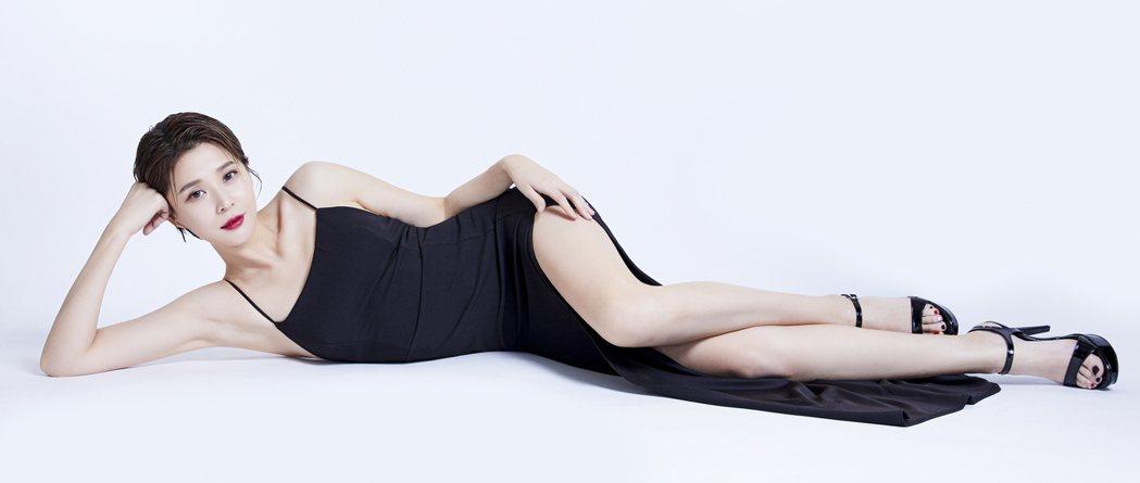 李燕瘦身成功展現好身材。圖/CHOYeR曲易提供