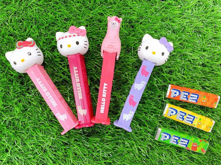 HELLO KITTY皮禮士貝思玩偶水果糖,售價69元,共4款。圖/7-ELEV...