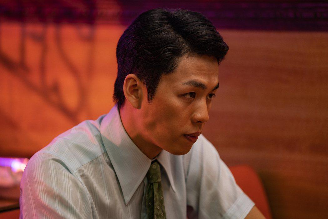 李鴻其在台美跨國合作電影「虎尾」裡面飾演男主角,不用試鏡就被美國製片公司選上,他...