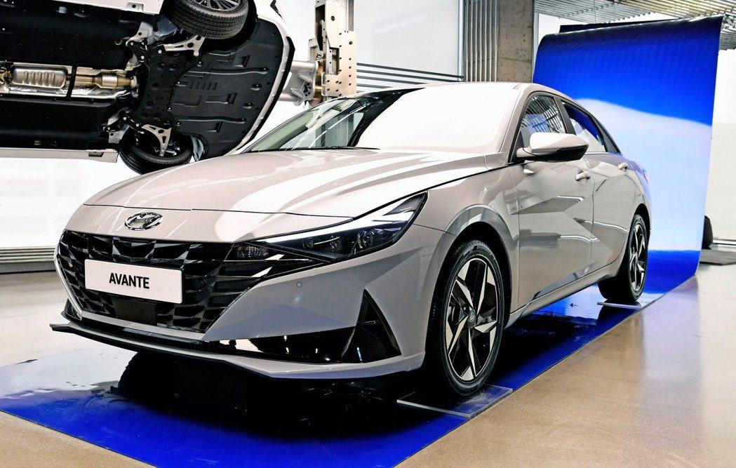 第七代Hyundai Elantra/Avante在韓國展開預售九天,便接獲爆量...