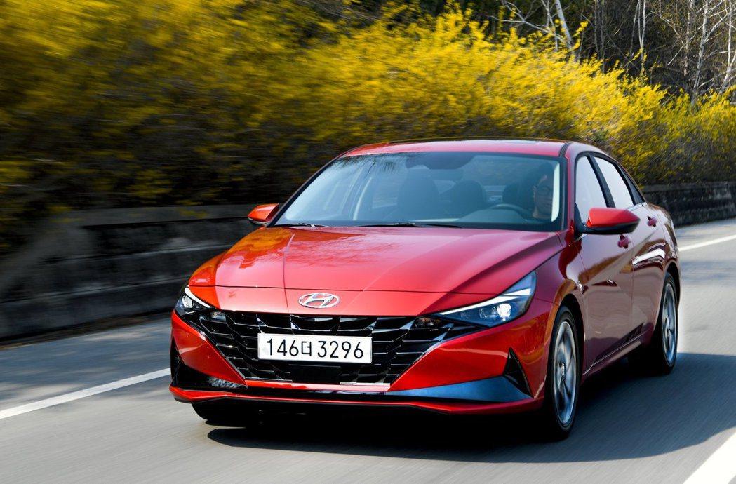 第七代Hyundai Elantra/Avante一萬多張的訂單中,有44%為2...