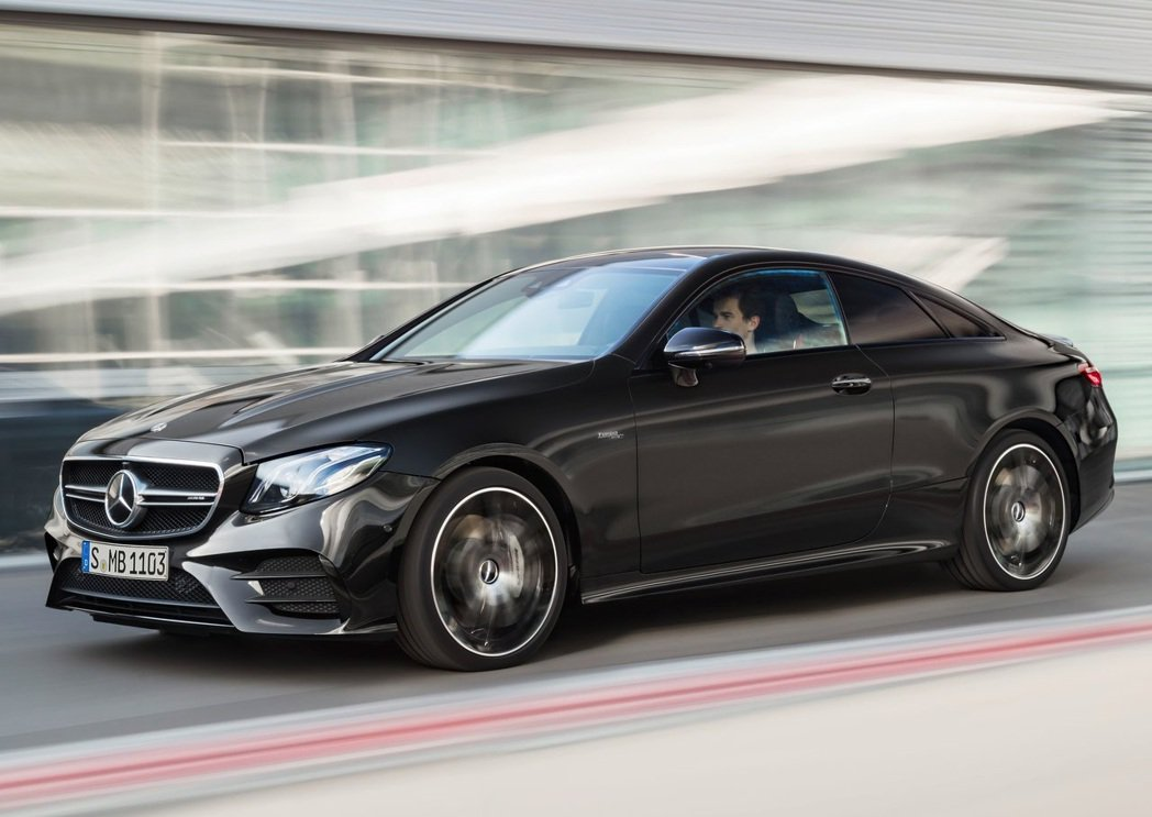 Mercedes-AMG E53 Coupe。 摘自Mercedes-AMG