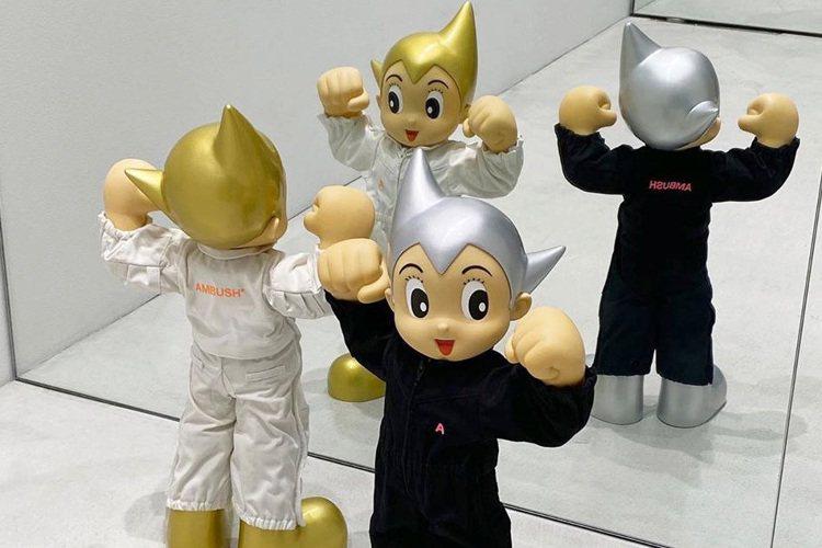 原子小金剛更有潮牌AMBUSH®的加持,連設計師YOON也表示這是她最愛的卡通角...