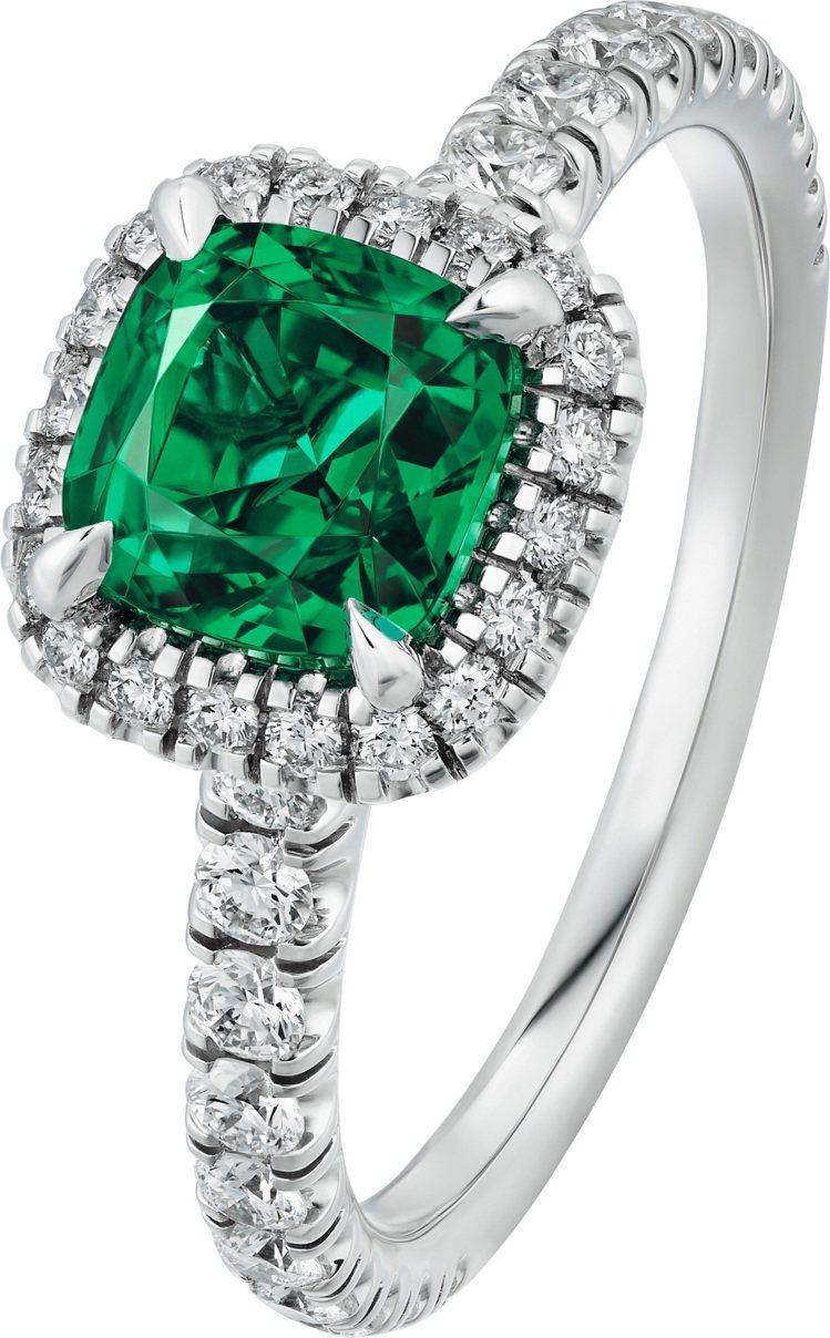 卡地亞Cartier Destinée祖母綠戒指,鉑金鑲嵌枕型、橢圓形或祖母綠...
