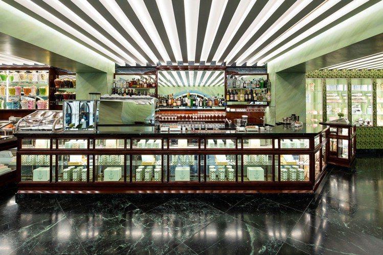 PRADA於2014年收購米蘭甜點老店Marchesi 1824。圖/PRADA...