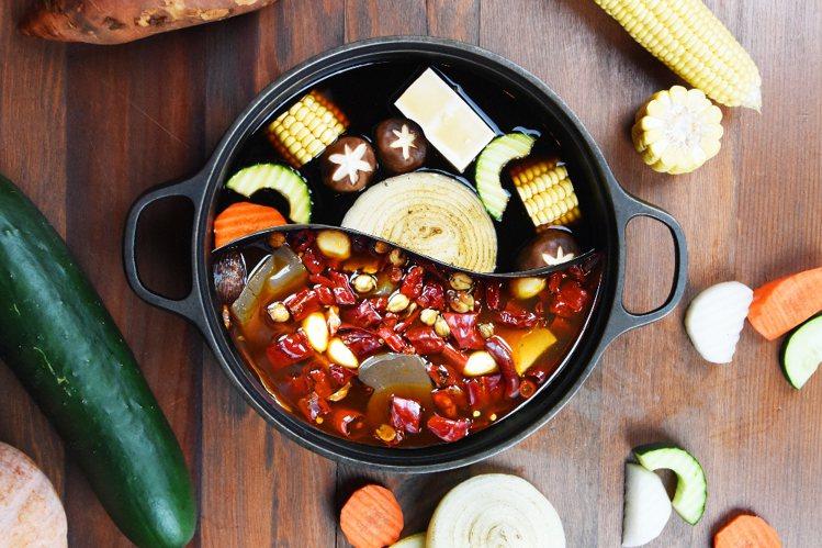夏部火鍋鴛鴦鍋。圖/夏部火鍋提供