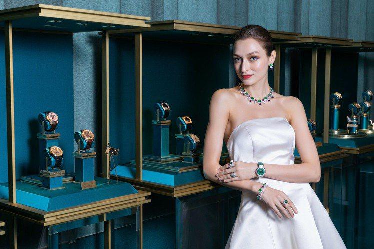 寶格麗CINEMAGIA頂級珠寶展,有13件翡翠珠寶全球首度曝光。圖/寶格麗提供