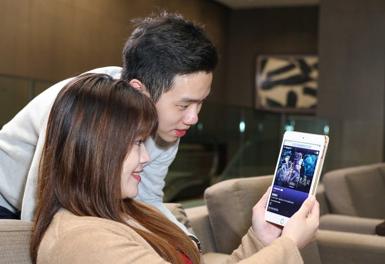 遠傳friDay影音用戶倍數成長,4月推出強片搶攻居家宅經濟。圖/遠傳電信提供
