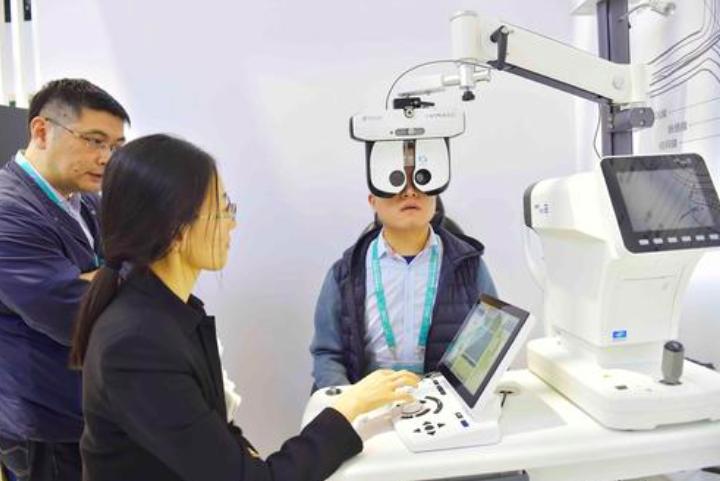 大陸科學家在治療神經性疾病的基礎研究有新進展,首次在小鼠模型上,成功恢復永久性視力損傷小鼠的視力,同時還消除帕金森氏症。照片/騰訊網