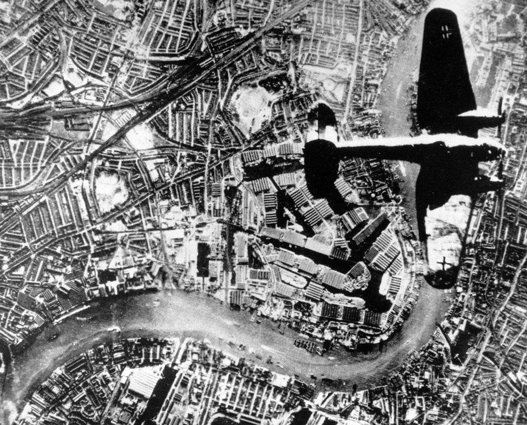 1940年德軍擊潰英法聯軍,引發了當時大規模撤離行動的「敦克爾克大撤退」。即便撤...