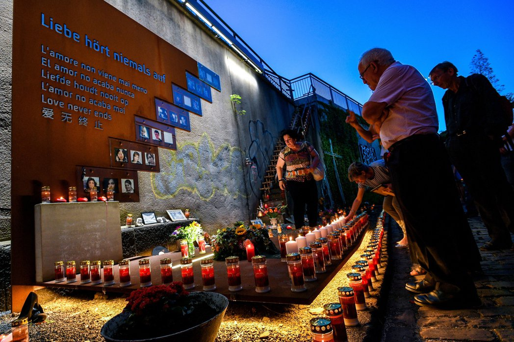 「死了21個人,卻沒人有罪?」消息傳出後,對於失望憤怒的倖存者與受害家屬來說,恐...