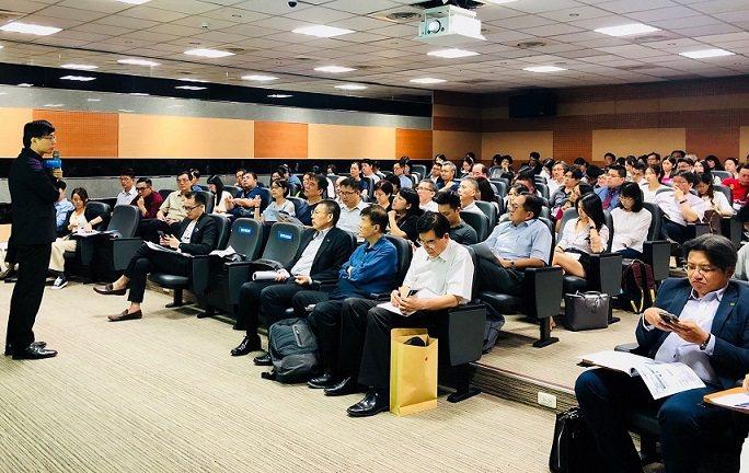 產學司司長邱求慧出席主持科技部於108年9月舉行AIR Center計畫說明會。...