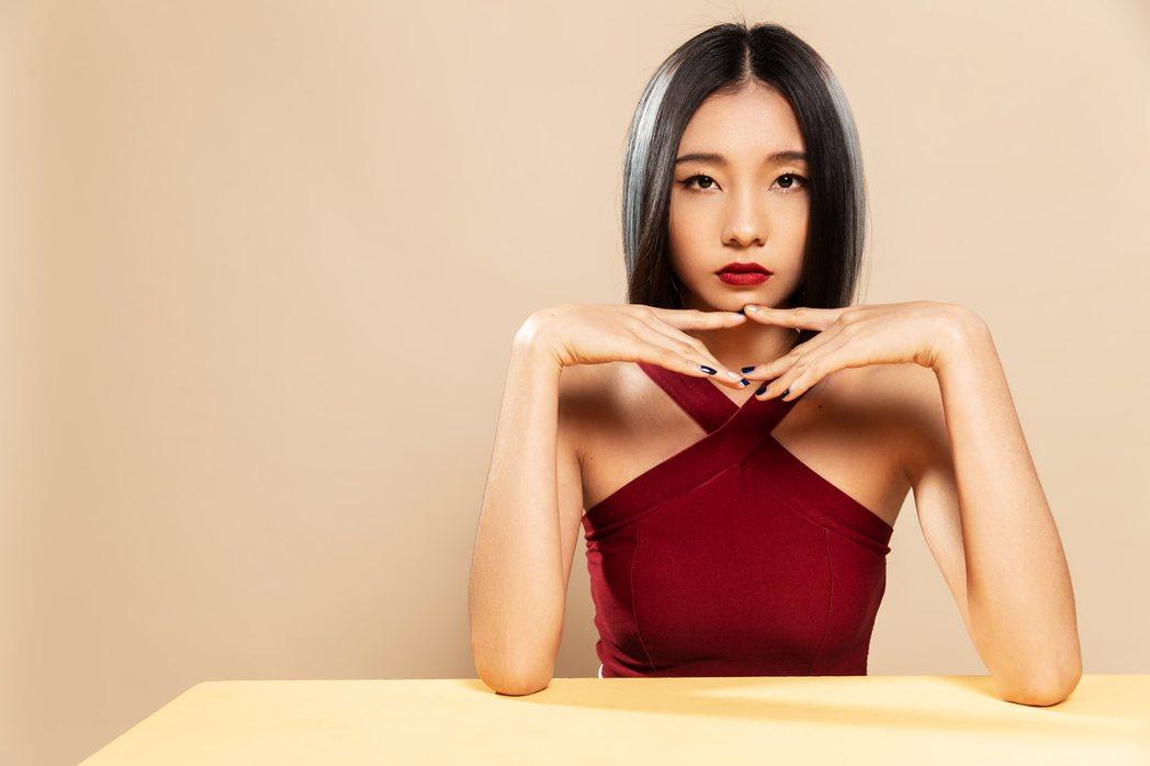 陳忻玥是高爾宣的師妹。圖/陶山音樂提供