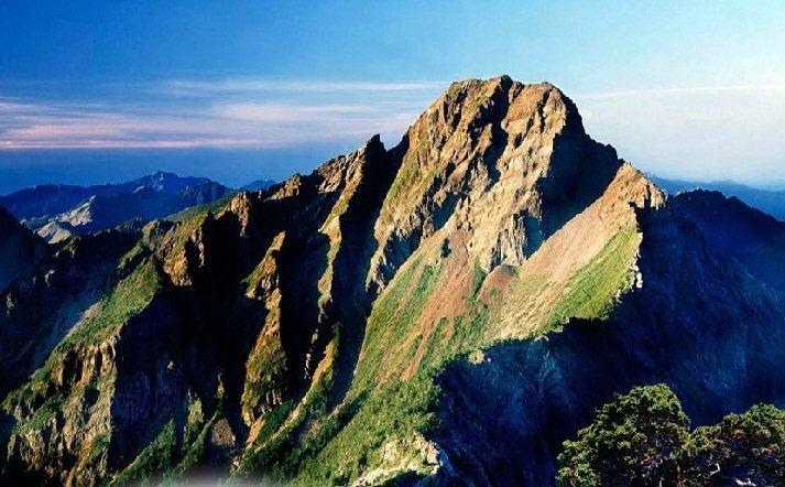 玉山國家公園設處35年了,不但是台灣陸域面積最大的國家公園,更有美麗的玉山群峰。圖/玉管處提供