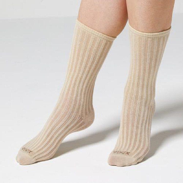 VENEX羅紋襪由白金及數種礦物以奈米技術加進纖維,發出特殊遠紅外線波長可促進血...