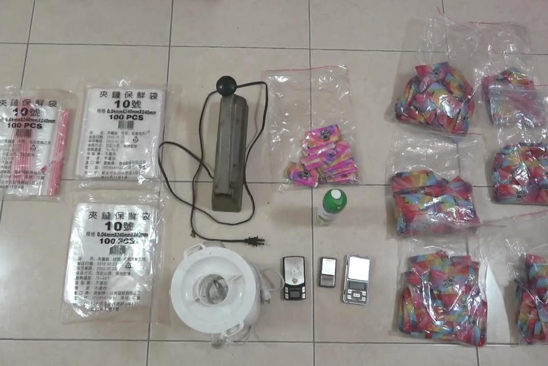 嘉義22歲青年製數萬包毒咖啡包 行動倉庫露餡被逮