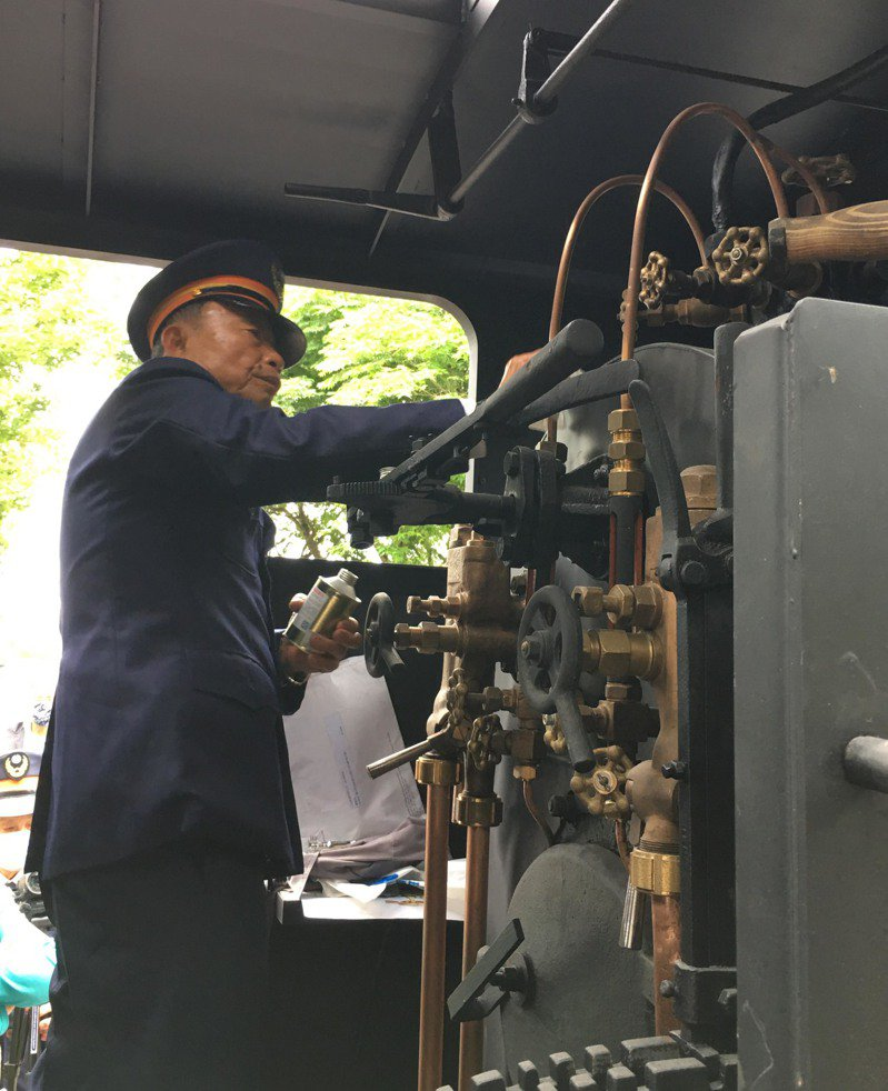 太平山森林鐵路1979年全線停駛,蒸汽火車頭除役,其中,管理處購入最後一輛TANK型12噸蒸汽車火車頭,在停駛40年後,羅東林區管理處爭取原貌修復。圖/林務局羅東林區管理處提供