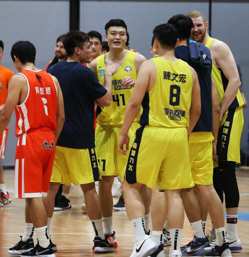 九太隊延長賽驚險取勝。圖/中華籃球協會提供