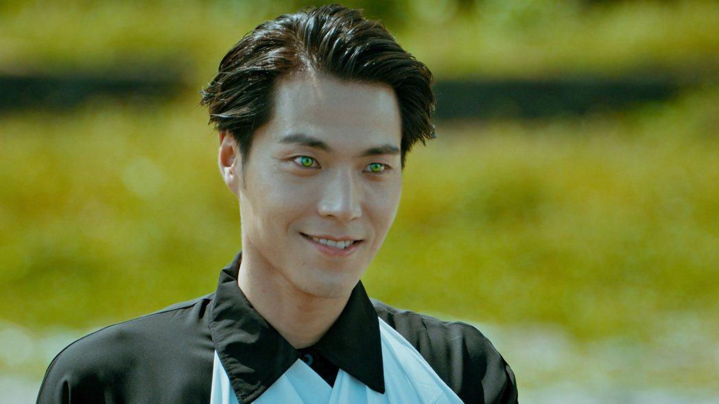 唐振剛在「妖怪人間」特效造型被形容有如韓國歐巴。圖/公視提供